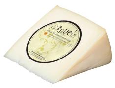 Pezzo di formaggio Manchego D.O. Semistagionato medio Carpuela